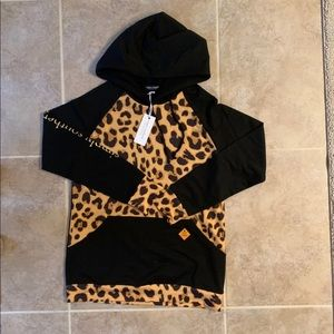 NEW Simply Southern Hoodie Large Leopard